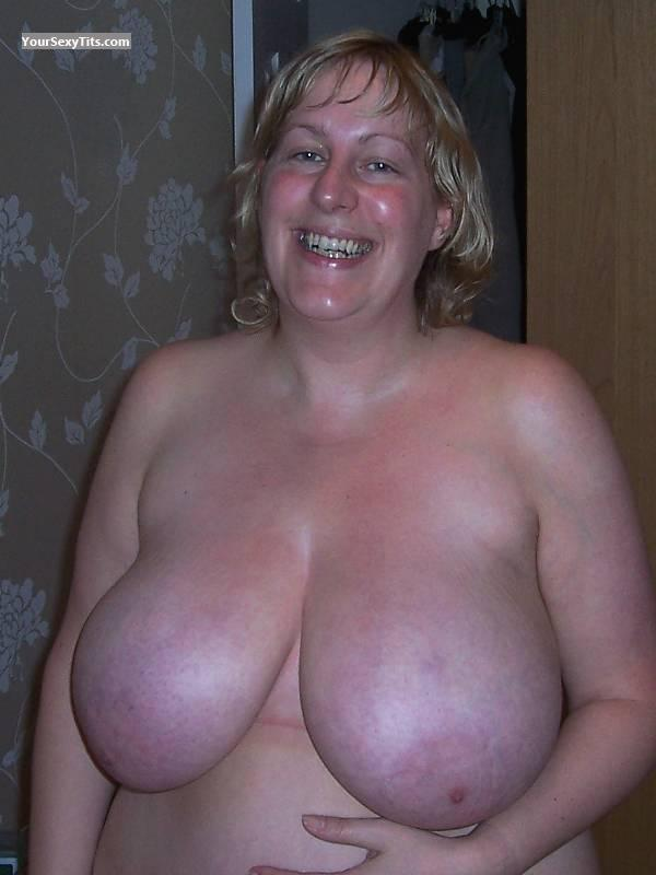 Tit Flash: My Friend's Extremely Big Tits - Topless Massive Mamma from United States